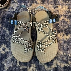 Chacos women's size 6 sandals